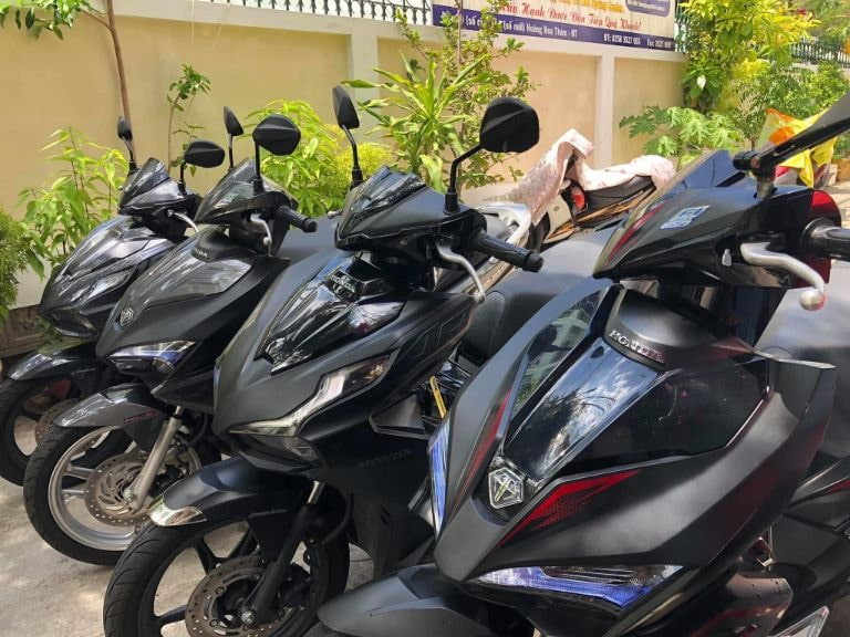 Giá cho thuê xe máy bao nhiêu?