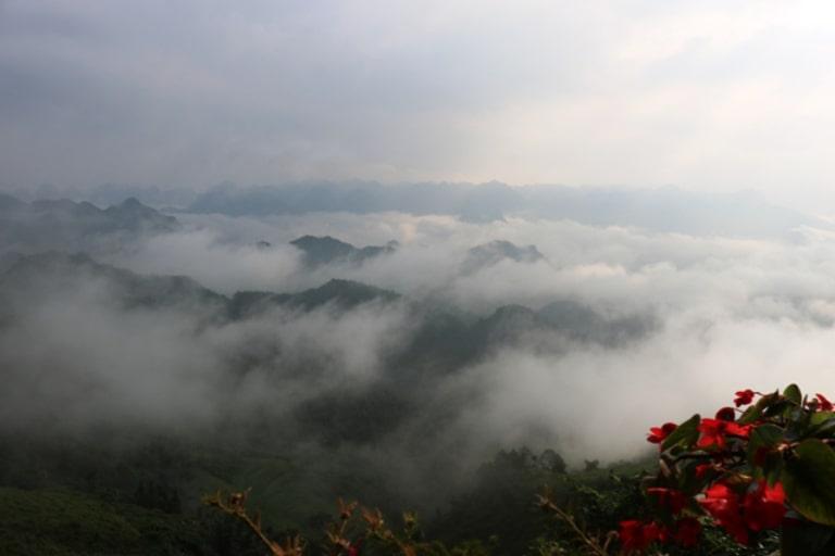 Săn mây là một trải nghiệm cực kì thú vị ở cổng trời Quản Bạ