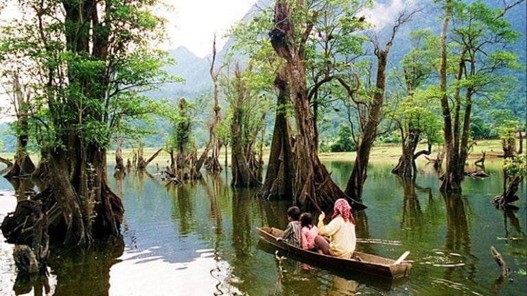 Nhắc đến Hà Giang nếu có gì hấp dẫn thì không thể không kể đến hồ Noong