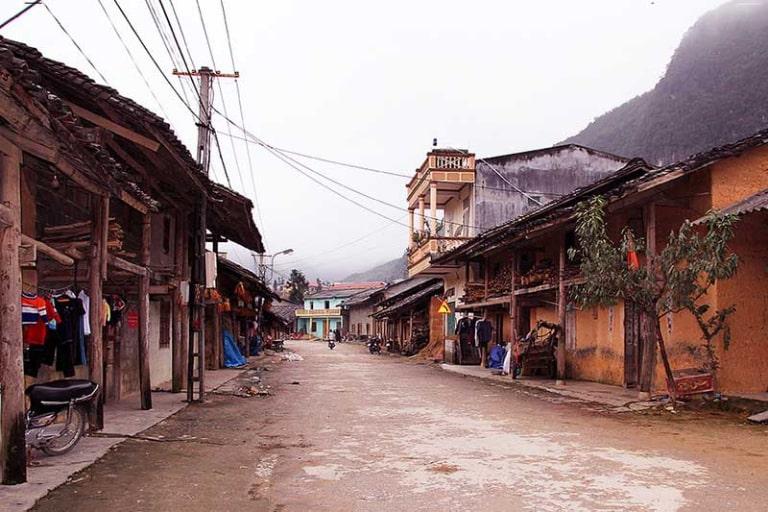 Có rất nhiều điều hấp dẫn nơi những bản làng của người dân tộc thiểu số