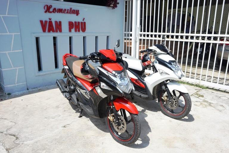 thuê xe Văn Phú
