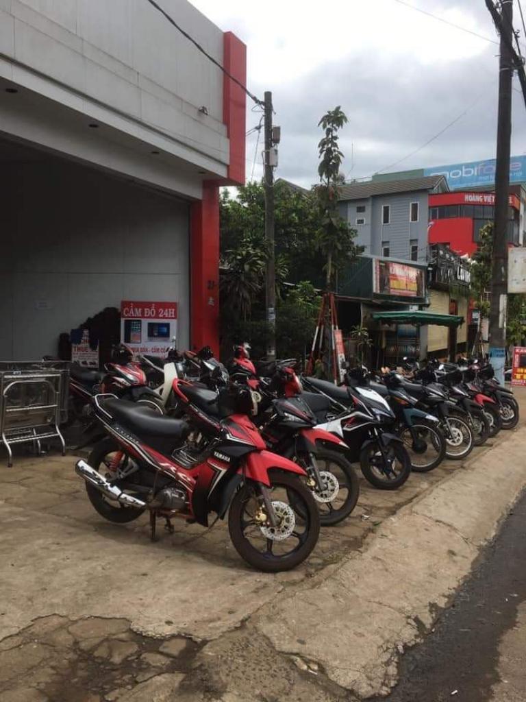 Cửa hàng thuê xe máy của anh Phong là địa chỉ uy tín được nhiều người tin tưởng