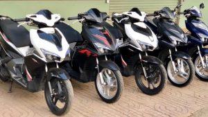 Có nhiều cửa hàng thuê xe máy ở sân bay Liên Khương gần Đà Lạt