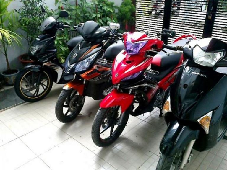 thuê xe máy Tân Sơn Nhất