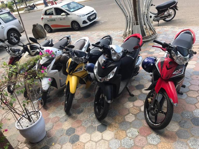 Thuê xe máy sân bau Phù Cát